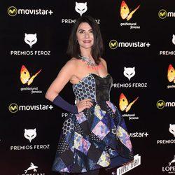Ana Fernández en la alfombra roja de los Premios Feroz 2016