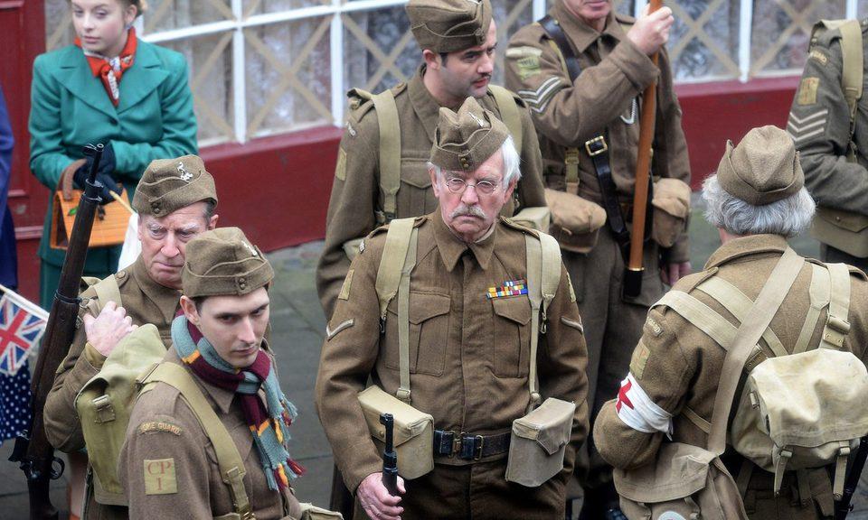 Dad's Army, fotograma 1 de 6