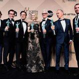 El reparto de 'Spotlight' con su premio en los SAG Awards 2016