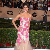 Priyanka Chopra at the SAG Awards 2016 red carpet