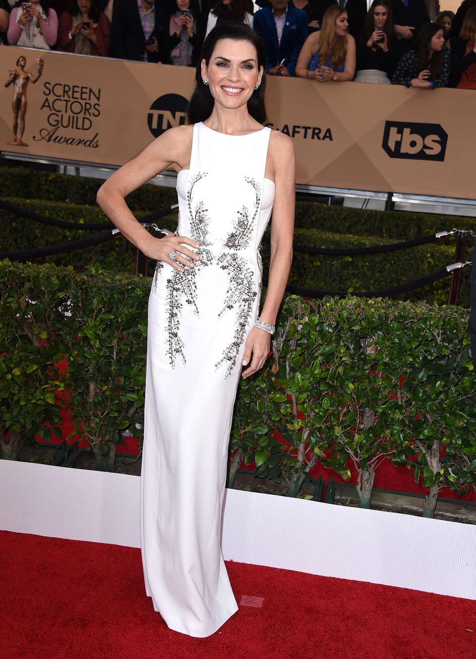 Julianna Margulies en la alfombra roja de los SAG Awards 2016