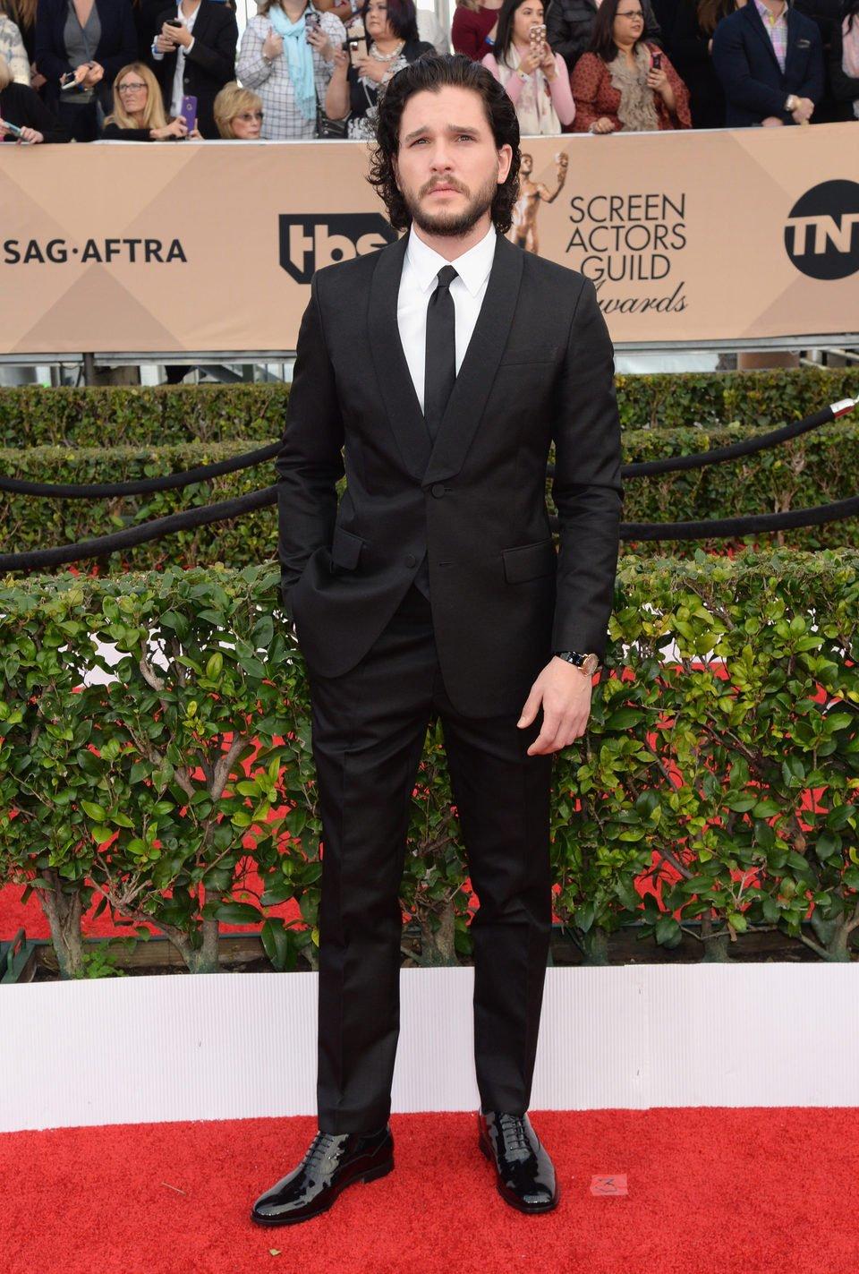 Kit Harington en la alfombra roja de los SAG Awards 2016