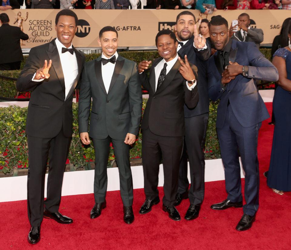 El reparto de 'Straight Outta Compton' en la alfombra roja de los SAG Awards 2016