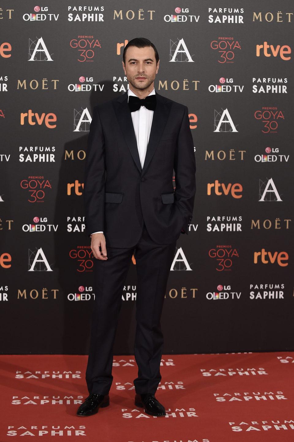 Javier Rey en la alfombra roja de los Premios Goya 2016