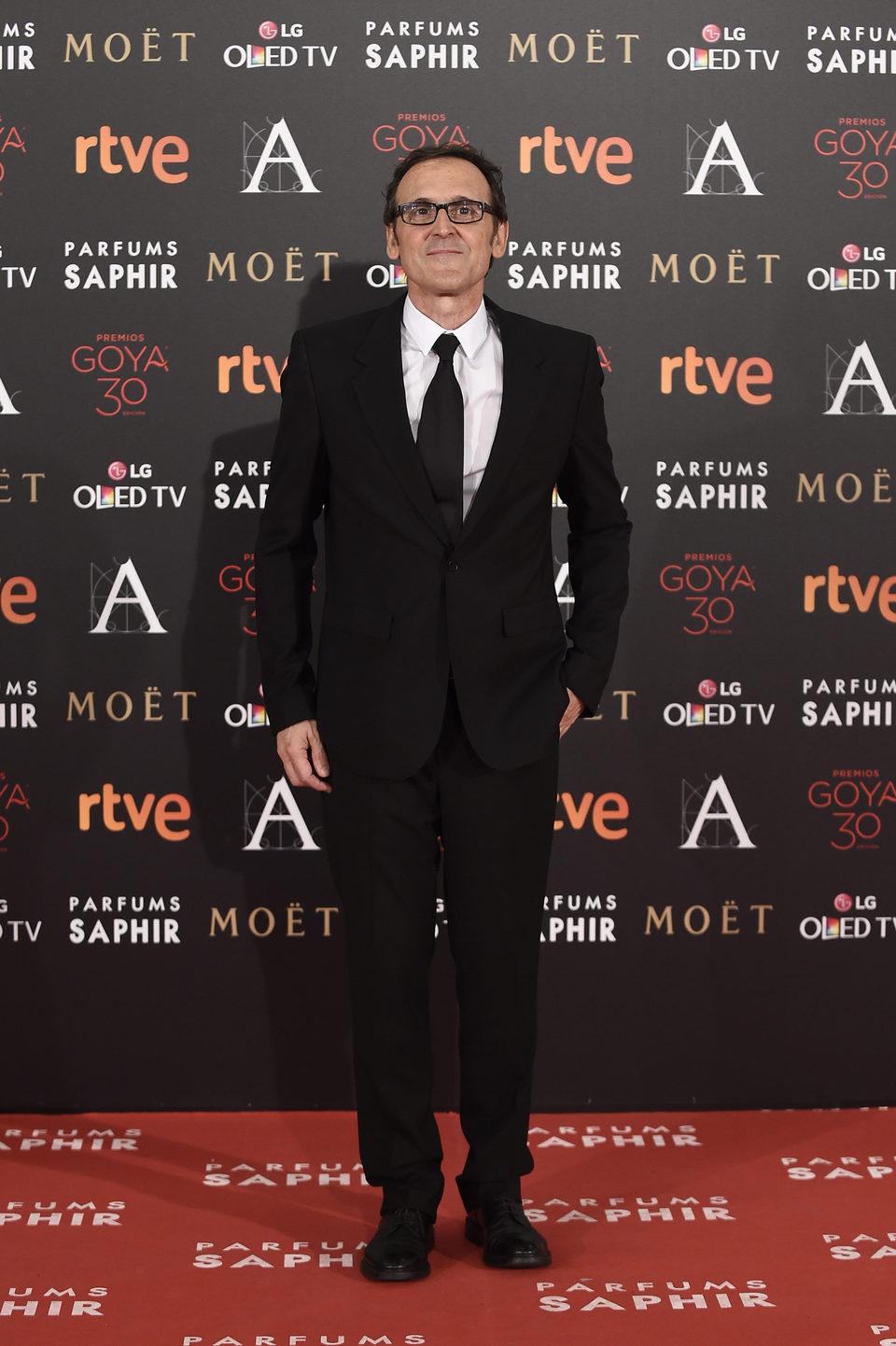 Alberto Iglesias en la alfombra roja de los Premios Goya 2016