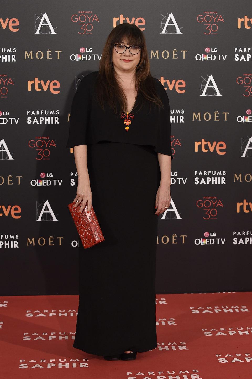 Isabel Coixet en la alfombra roja en los Premios Goya 2016