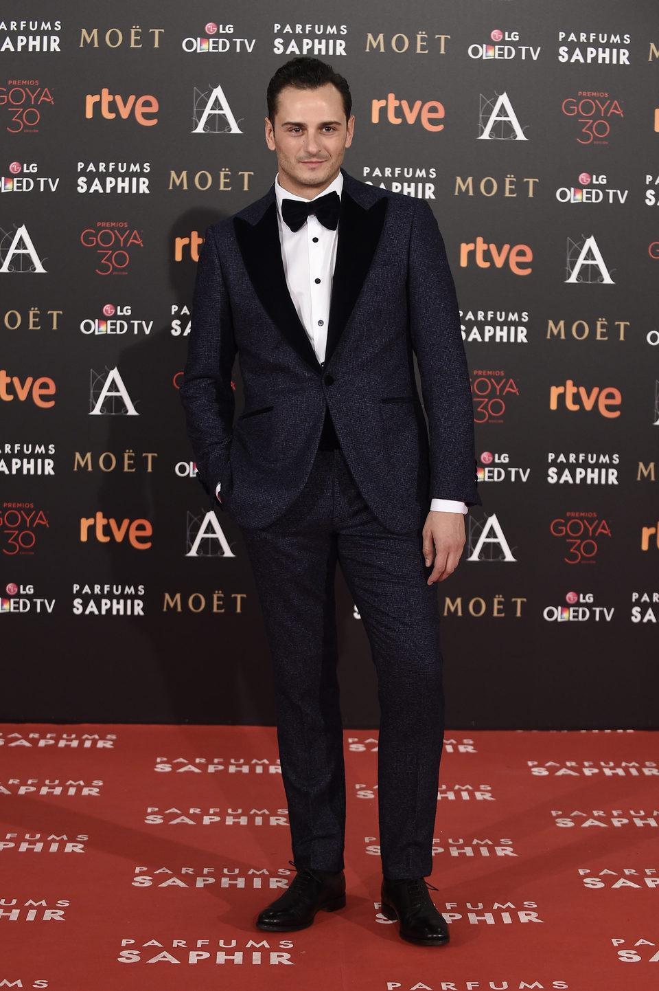 Asier Etxeandia en la alfombra de los Premios Goya 2016