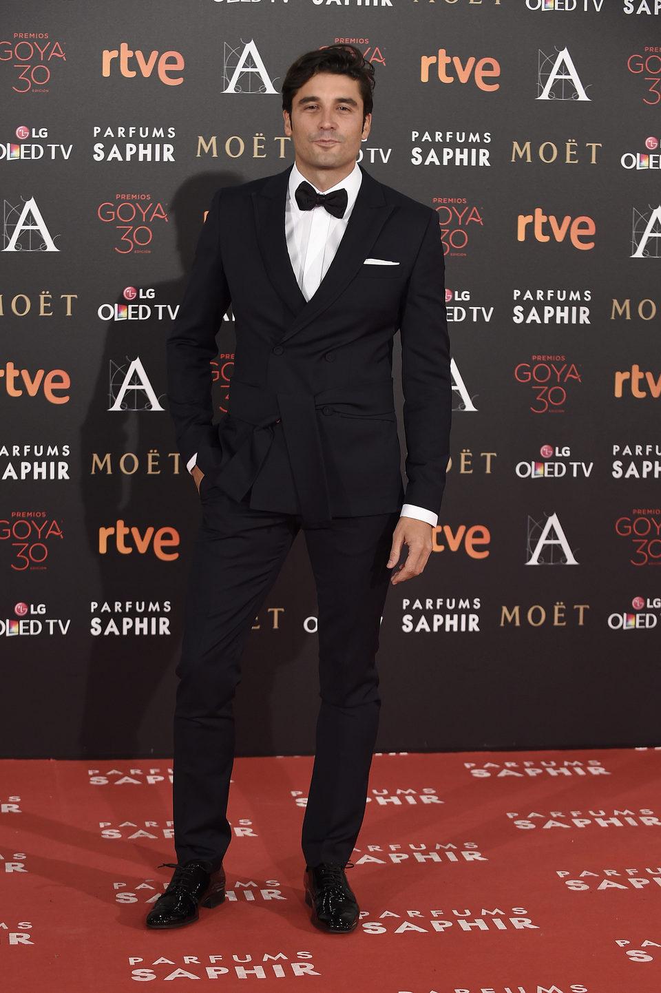 Alex García en la alfombra roja de los Premios Goya 2016