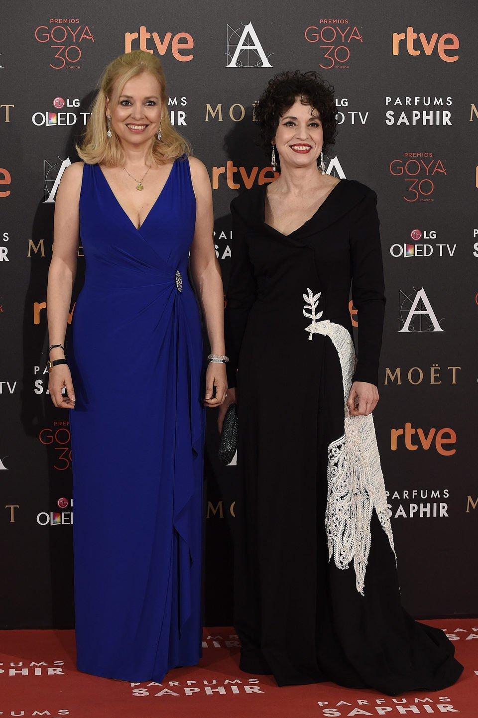 Emma Ozores y Adriana Ozores en la alfombra roja de los Premios Goya 2016