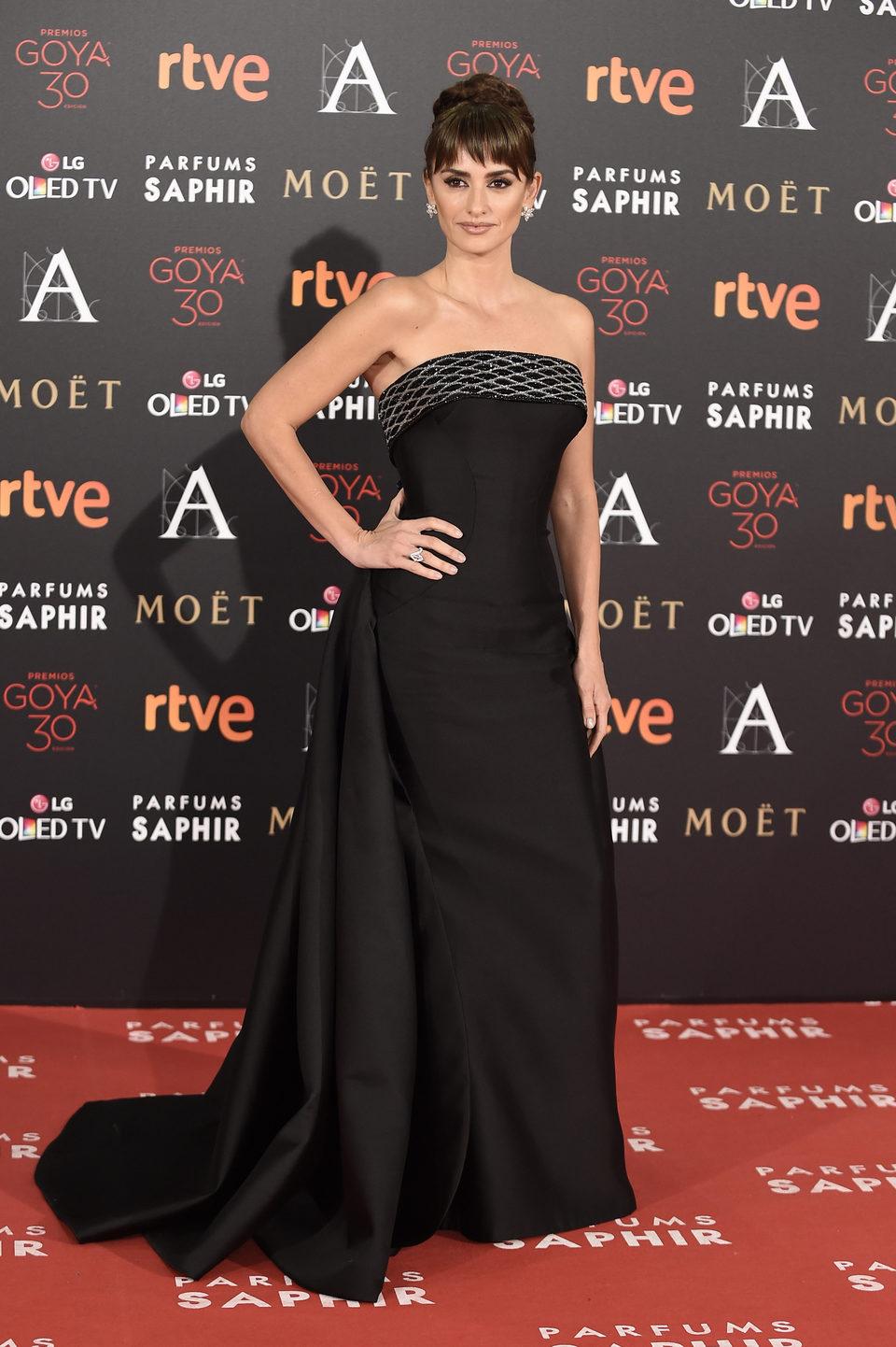 Penélope Cruz en la alfombra roja de los Premios Goya 2016
