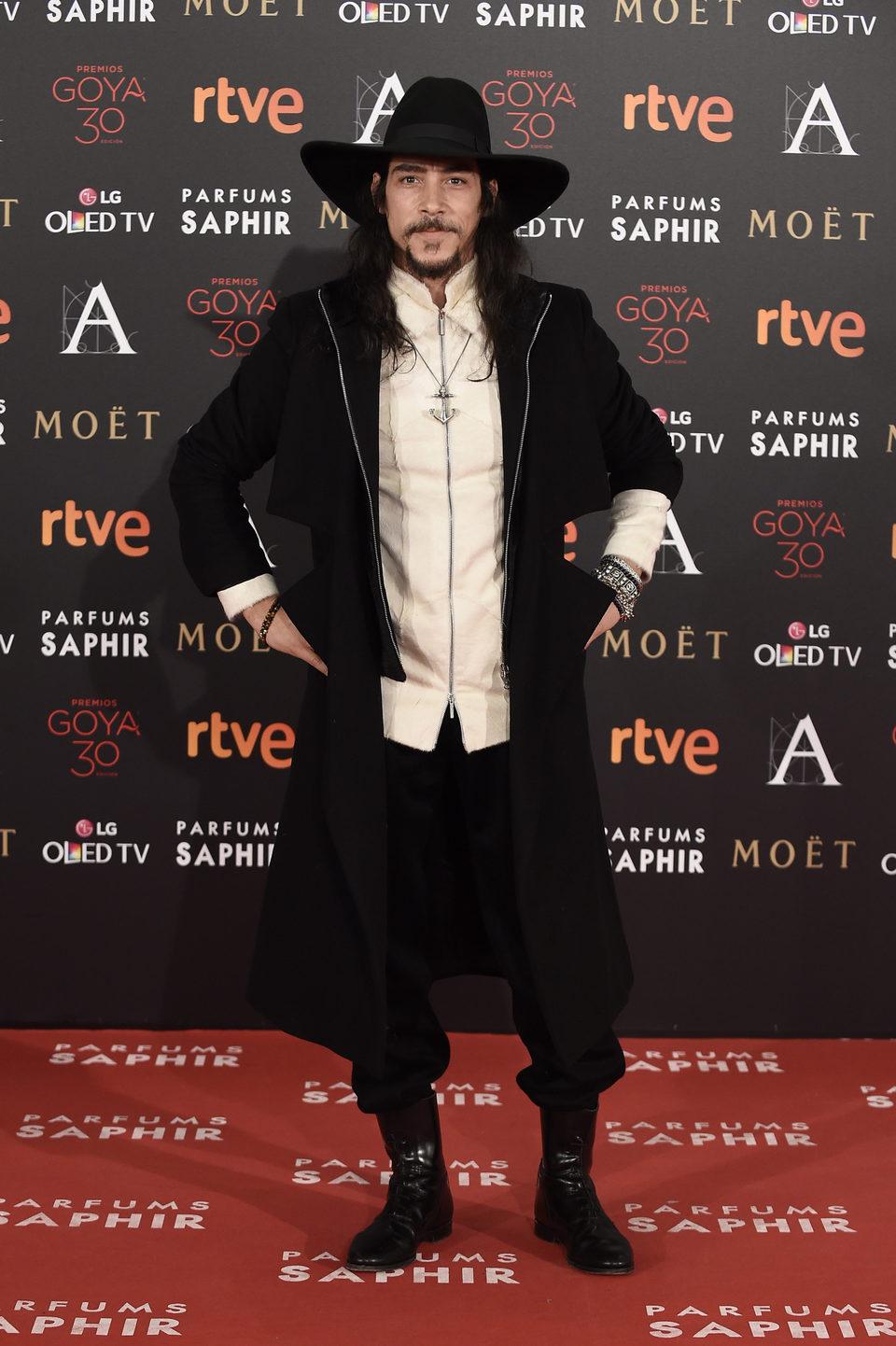 Óscar Jaenada en la alfombra roja de los Premios Goya 2016