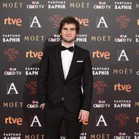 Lucas Vidal en la alfombra roja en los Premios Goya 2016