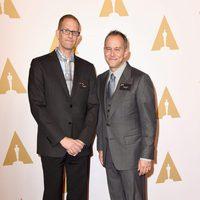 Pete Docter y Jonas Rivera en la comida de nominados a los Oscar 2016