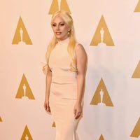 Lady Gaga en la comida de nominados a los Oscar 2016