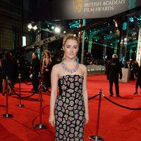 Saoirse Ronan en la alfombra roja de los BAFTA Awards 2016