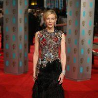 Cate Blanchett en la alfombra roja de los BAFTA Awards 2016