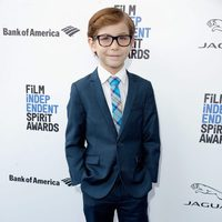 Jacob Tremblay en la alfombra roja de los Independent Spirit Awards 2016