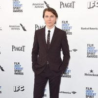Paul Dano en la alfombra roja de los Independent Spirit Awards 2016