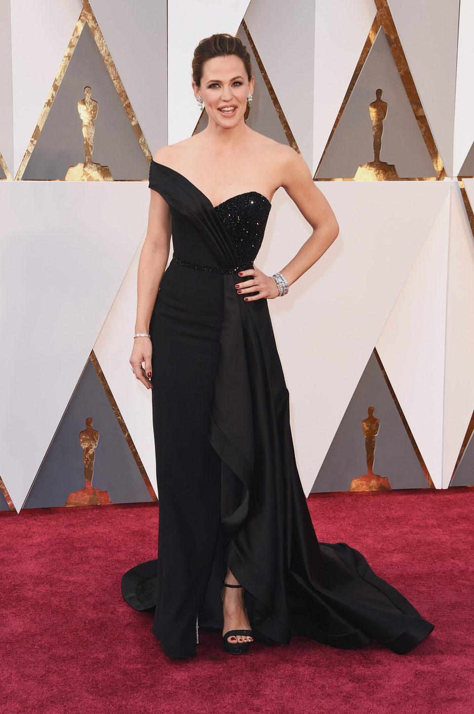 Jennifer Garner en la alfombra roja de los Oscar 2016
