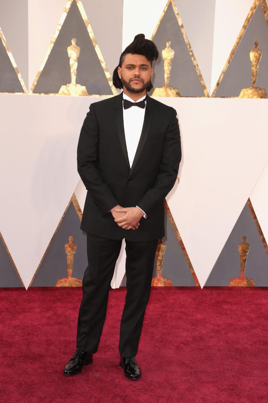 The Weeknd en la alfombra roja de los Oscar 2016