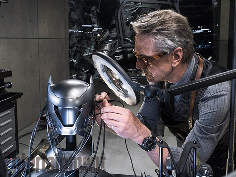 Alfred en Batman V Superman