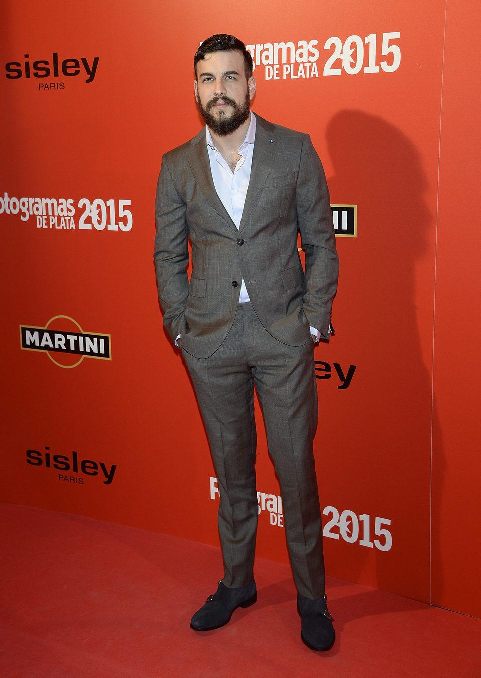 Mario Casas en la alfombra roja de los Fotogramas de Plata 2015