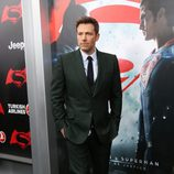 Ben Affleck posa en la premiere de 'Batman v Superman' en Nueva York