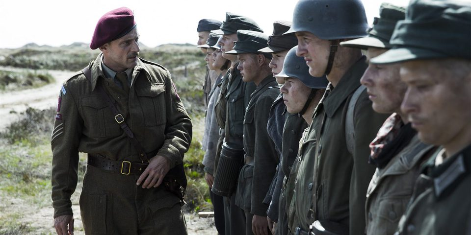 Land of Mine: Bajo la arena, fotograma 1 de 14
