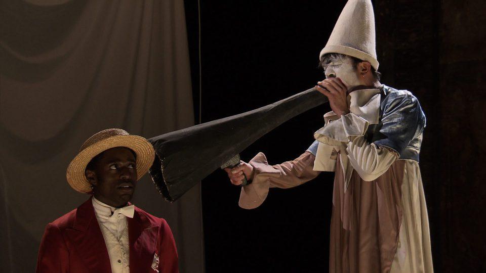 Monsieur Chocolat, fotograma 4 de 18