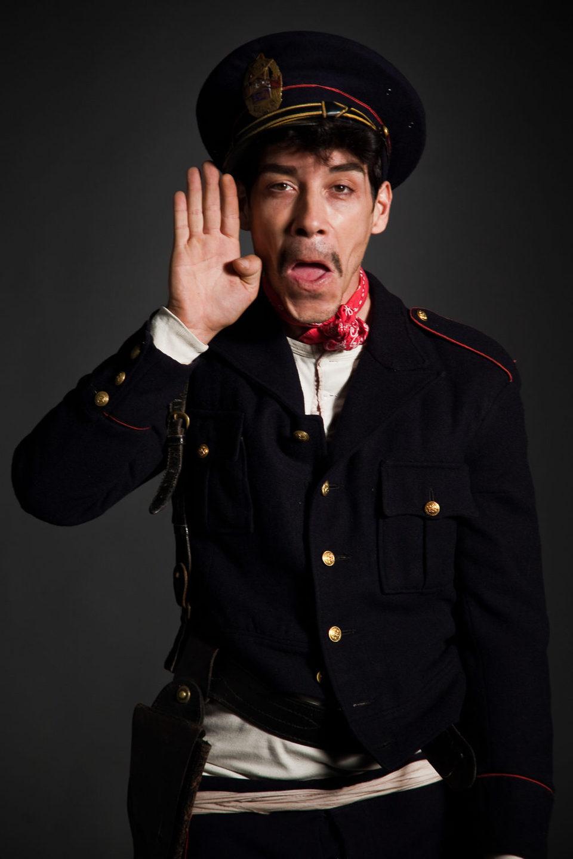 Cantinflas, fotograma 14 de 20