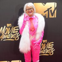 Baddie Winkle en la alfombra roja de los MTV Movie Awards 2016