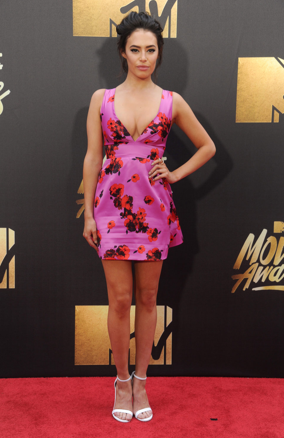 Chloe Bridges en la alfombra roja de los MTV Movie Awards 2016
