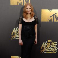 Jessica Chastain en la alfombra roja de los MTV Movie Awards 2016