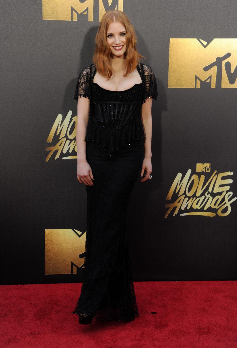 Jessica Chastain en la alfombra roja de los MTV Movie Awards 2016