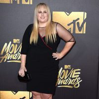 Rebel Wilson en la alfombra roja de los MTV Movie Awards 2016