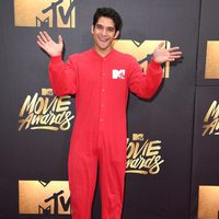 Tyler Posey en la alfombra roja de los MTV Movie Awards 2016