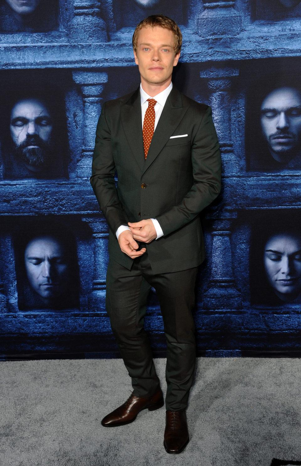 Alfie Allen en la premiere de la sexta temporada de 'Juego de Tronos'