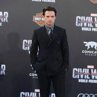 Sebastian Stan en la premiere mundial de 'Capitán América: Civil War'
