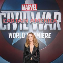 Kerry Condon en la premiere mundial de 'Capitán América: Civil War'