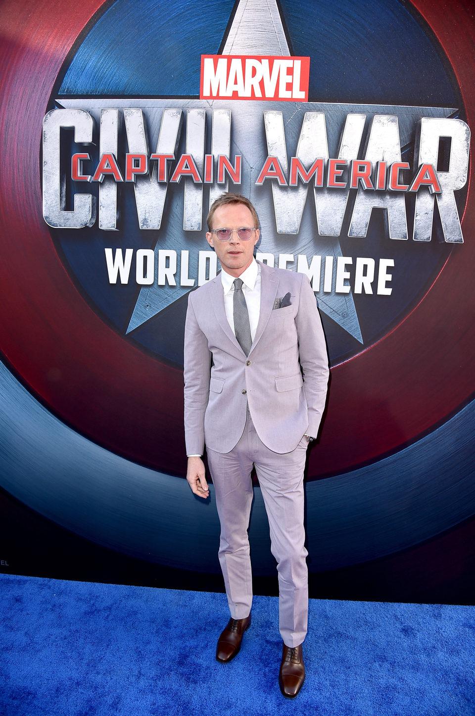 Paul Bettany en la premiere mundial de 'Capitán América: Civil War'