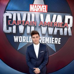 Jorge Blanco en la premiere mundial de 'Capitán América: Civil War'