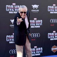 Stan Lee en la premiere mundial de 'Capitán América: Civil War'