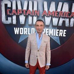 Shaun Toub en la premiere mundial de 'Capitán América: Civil War'