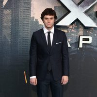 Evan Peters en la premiere en Londres de 'X-Men: Apocalipsis'
