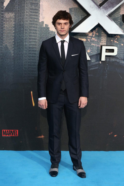 Evan Peters en la premiere en Londres de 'X-Men: Apocalipsis'