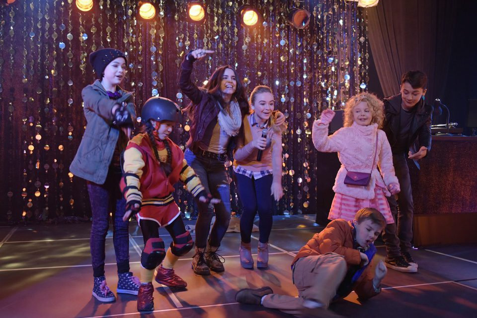 Adventures in Babysitting, fotograma 2 de 10