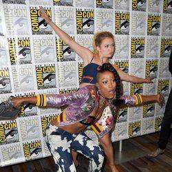 Billie Lourd y Keke Palmer en la Comic-Con de San Diego 2016