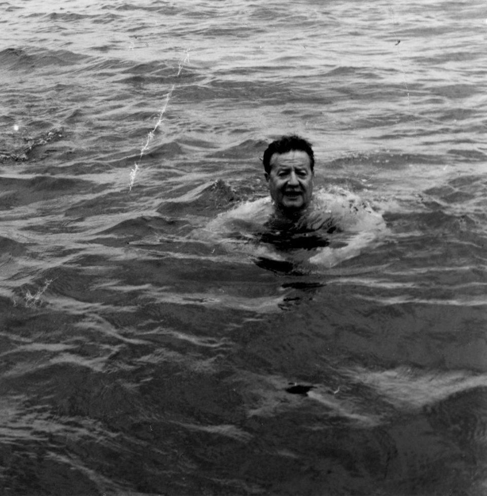 Allende, mi abuelo Allende, fotograma 4 de 5