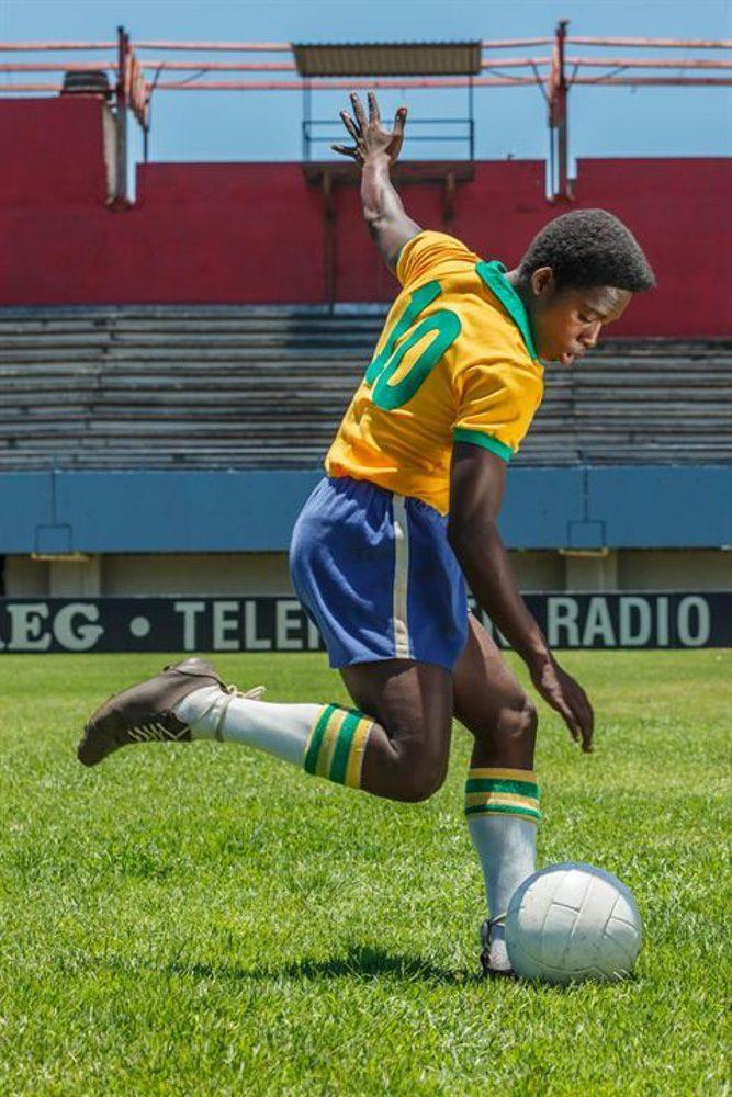 Pelé, el nacimiento de una leyenda, fotograma 19 de 20