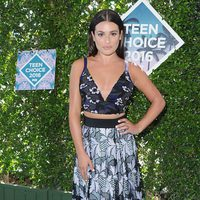 Lea Michele en la alfombra roja de los Teen Choice Awards 2016